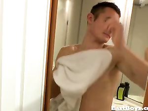 Sexy shaped twink sucks the shower and jerks the dick